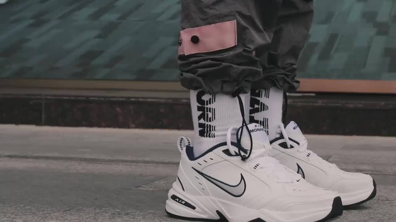 耐克AIR MONARCH IV 男子休闲跑步鞋复古健身老爹鞋厚底增高