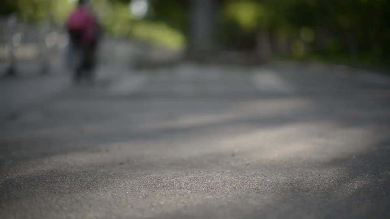 鬼冢虎OnitsukaTiger MEXICO 66 SLIP-ON 帆布鞋女鞋舒适一脚蹬轻