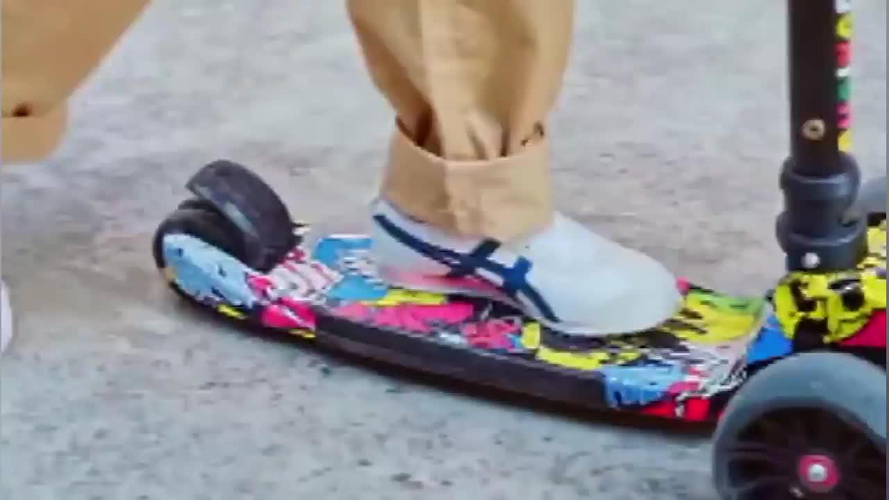 鬼冢虎OnitsukaTiger MEXICO 66 PS 男女童鞋休闲魔术贴儿童鞋
